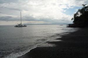Haiku anchored at Black Sand Beach